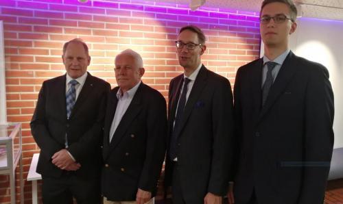 Lauri Hietaniemi ja 3 polveaJohan Lagus , Alexander Lagus ,Max Lagus