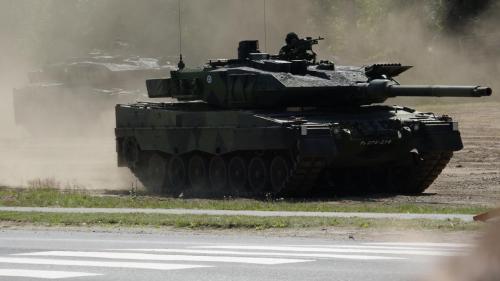 Leopard 2A6 taistelunäytöksessä